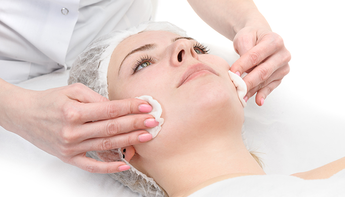 Chemical Peel And Its Benefits